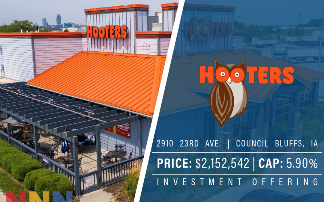 Hooters – Council Bluffs, IA
